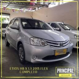 Toyota Etios HB X 1.3 2015 Completo