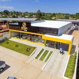 Sala ampla para exposição de produtos no centro de São Sepé