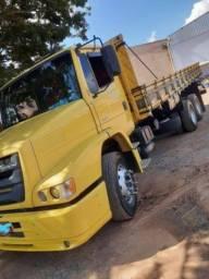 Caminhão Atron 2324 Carroceria