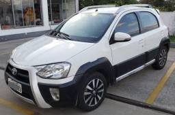 Toyota Etios Cross 1.5 2014 Top de linha