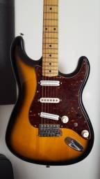 Guitarra Squier Stratocaster caps. Malagoli