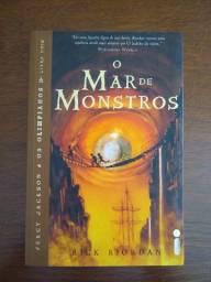 O Mar De Monstros - Saga Percy Jackson E Os Olimpianos