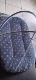 Ninho portátil com mosquiteiro