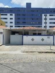 COD C-79 Casa no Bairro do Bancários com 3 quartos bem localizada.