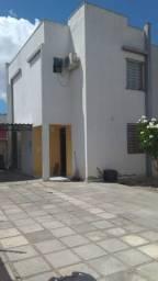 Alugo Duplex no Cinza
