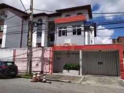 Título do anúncio: Apartamento à venda, 90 m² por R$ 174.999,99 - Montese - Fortaleza/CE
