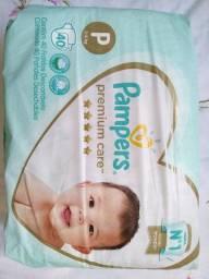 Título do anúncio: Kit 8 fraldas Pampers Premium care