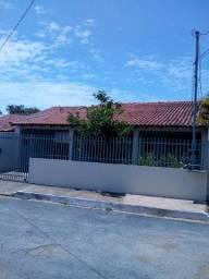 Título do anúncio: Casa para venda possui 139 metros quadrados com 3 quartos em Jardim Universitário - Cuiabá