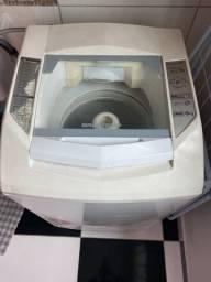 Máquina de Lavar Roupas Brastemp - Usada mas funciona bem