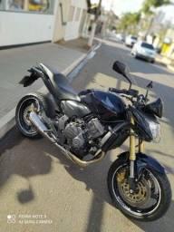 Hornet 600