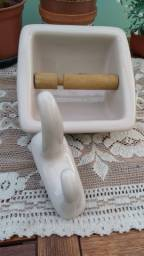 Kit louça banheiro - cabideiro e porta papel
