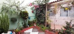 Casa Duplex para Venda em Bandeirantes, Cariacica - ES.