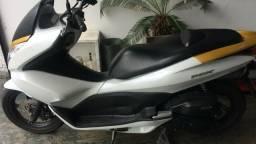 Honda Pcx 150 branca - 2014