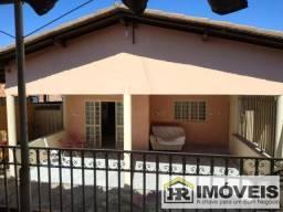 Casa para Venda em Teresina, MONTE CASTELO, 3 dormitórios, 1 suíte, 3 banheiros, 4 vagas