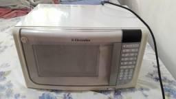 Vendo microondas por 150