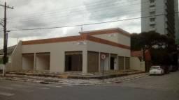 Lojas comerciais em Caiobá