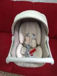Bebê conforto super conservado Galzerano