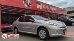 Peugeot/207 Sedan Xr 1.4 2010/2011 - 2011