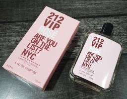 Perfumes 100ml 60 reais.