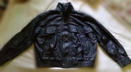 Jaqueta de motoqueiro preta