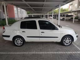 Clio Sedan 1.0 Completo Ótimo Estado !
