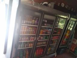 Geladeira três portas 1100 litros
