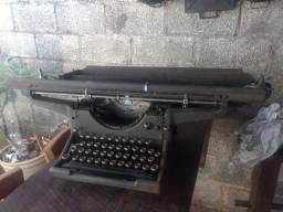 Máquina de escrever 1929!