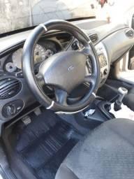 Vendo veículo ford focus
