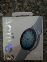 Samsung galaxy watch Active2 prata