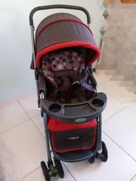Carrinho de Bebê Vermelho - Cosco<br><br>