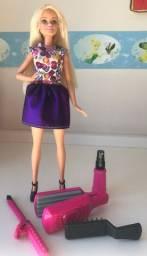Boneca Barbie Ondas e Cachos