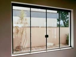 Janela em vidro temperado 420,00 m2 (instalado)