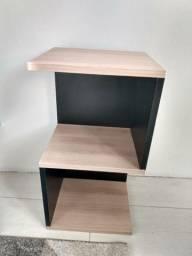 Mesa auxiliar/ mesa de cabeceira