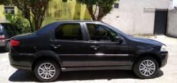 Carro Fiat 2010