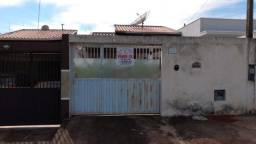 Casa no Jd. Primavera em Cosmópolis-SP, com doc ok. para financiamento. (CA0160)
