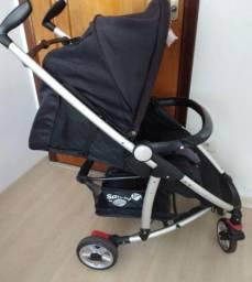 Carrinho com Bebê Conforto Safety st Relax