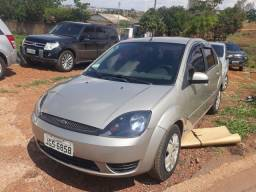 Fiesta sedan 2007 bem conservado