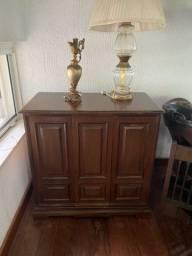 Relíquia! Móvel original em madeira com tv Philco