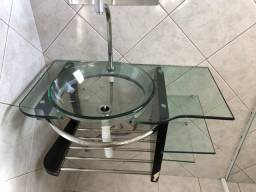 Cuba de vidro para banheiro com prateleira