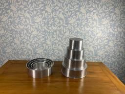 2 conjuntos de 4 formas de alumínio