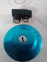 Tampa do tanque + Trava do capacete YBR/Factor 125