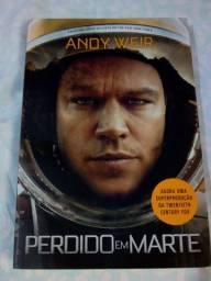 """Livro """"Perdido em Marte"""" em ótimo estado"""