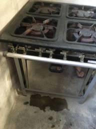 Fogão industrial 4 bocas com forno