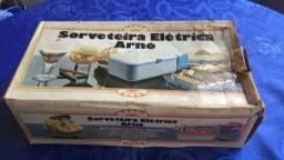 Máquina de fazer sorvete Arno 110v