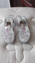 Sandália infantil LED na CAIXA