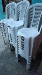 Cadeiras novas suporta 140kgs