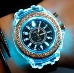VENDE se  relógios - gênero: unissex - cor azul