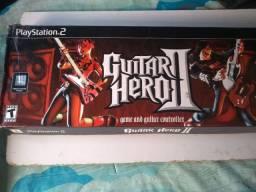 Guitarra Guitar Hero 2 na caixa