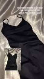 Vestido festa, preto, com detalhe atrás