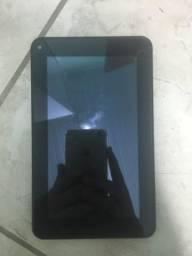 Tablet Multilaser para retirar peças